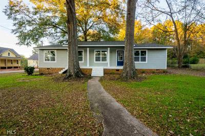 Senoia Single Family Home For Sale: 252 Johnson St