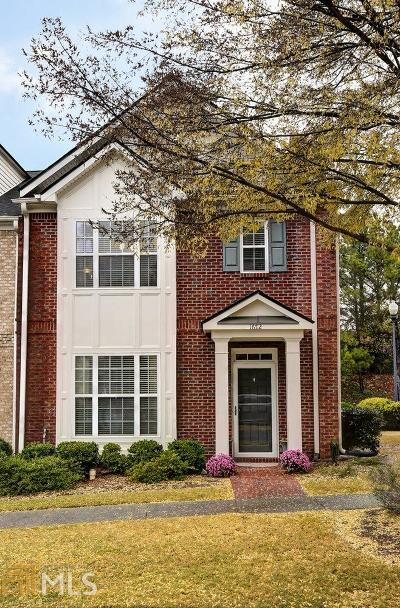 Kennesaw Condo/Townhouse Under Contract: 1672 Perserverence Hill Cir #19
