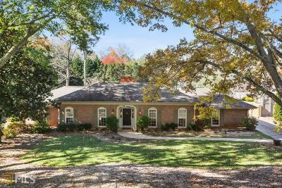 Roswell Single Family Home Under Contract: 430 Wavetree Dr