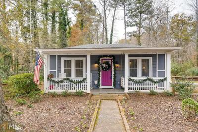 Roswell Single Family Home For Sale: 386 Chattahoochee St