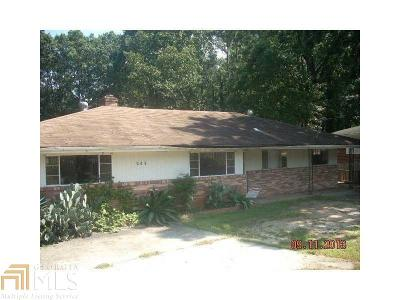 Stone Mountain Single Family Home For Sale: 697 N Hairston Rd
