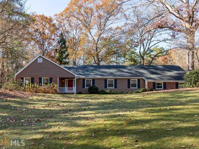 Sandy Springs Single Family Home For Sale: 1570 Huntingdon Trl
