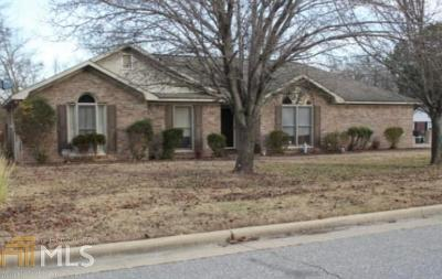 Columbus Single Family Home For Sale: 6701 Stone Creek Ct