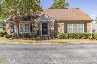 Decatur Condo/Townhouse For Sale: 1480 Brianwood Rd