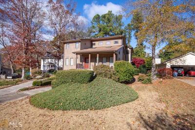 Gainesville Single Family Home For Sale: 580 Long Oak