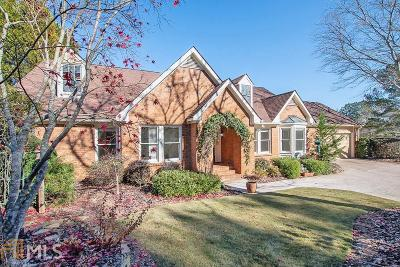 Roswell Single Family Home For Sale: 8515 Steeple Chase Dr