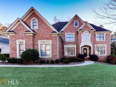Woodstock Single Family Home For Sale: 3021 Golf Crest Ln
