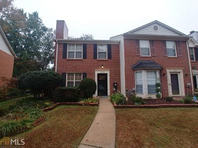 Smyrna Condo/Townhouse Under Contract: 2948 Lexington Trce Dr