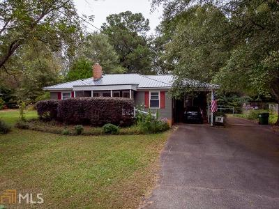 Monroe Single Family Home For Sale: 118 Glen Iris Dr
