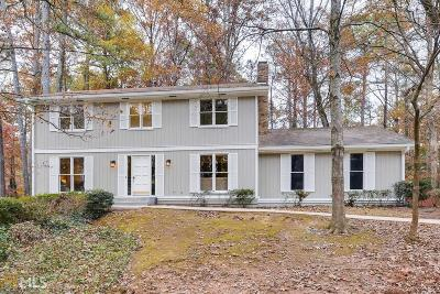 Roswell Single Family Home For Sale: 1175 Martin Ridge Rd
