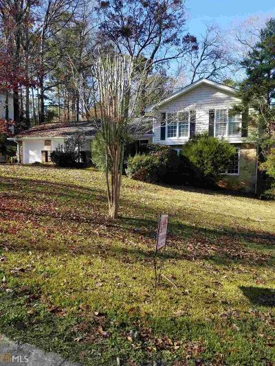 Lilburn Single Family Home For Sale: 4077 SW Linda Ln
