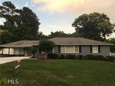 Smyrna Single Family Home For Sale: 2795 Crestwood Rd