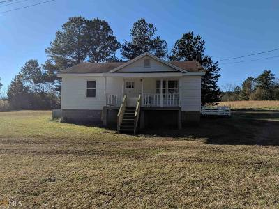 Newnan Single Family Home Under Contract: 561 Boone Rd