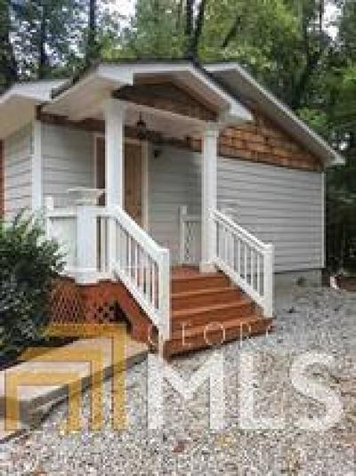 Powder Springs Single Family Home For Sale: 152 Kristie Cir