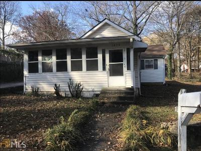 Fulton County Single Family Home Under Contract: 1479 Connally