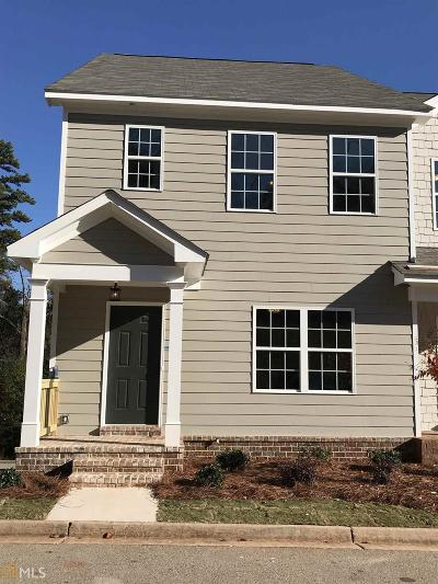 Gainesville Condo/Townhouse New: 1465 Bluff Valley #19