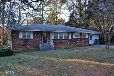 Smyrna Single Family Home Under Contract: 3584 Westbrook Dr