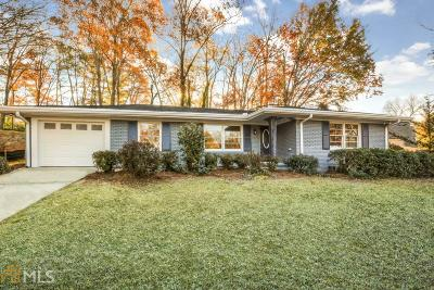 Atlanta Single Family Home For Sale: 1247 Vista Valley Dr