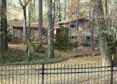 Norcross Single Family Home Under Contract: 6001 Meadowbrook Dr