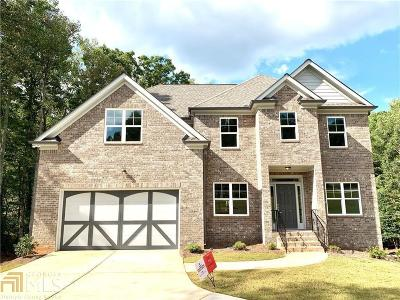 Stone Mountain Single Family Home New: 985 Valley Creek