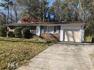 Clayton County Single Family Home New: 465 Pinecrest Drive