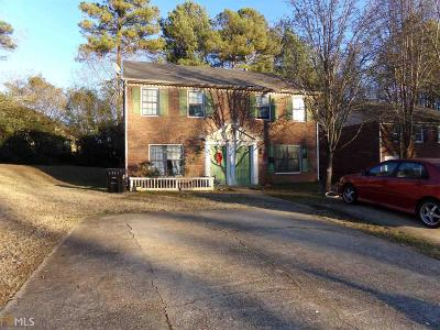 Gwinnett County Multi Family Home Under Contract: 4247 Dejohns Way #13