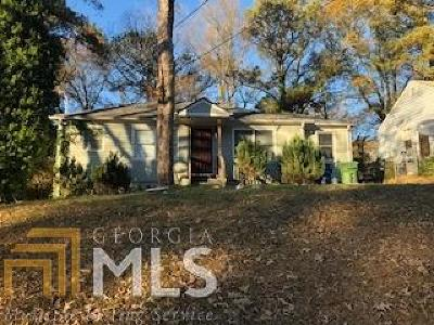 Oakland City Single Family Home For Sale: 1379 Bluefield
