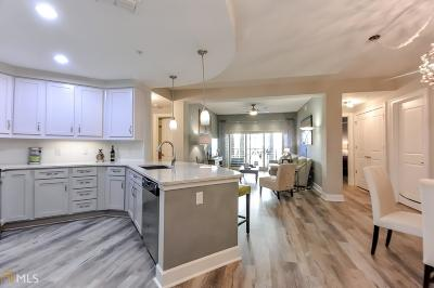 Condo/Townhouse New: 200 River Vista Dr #323