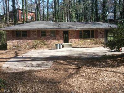 East Point Single Family Home For Sale: 3198 Cloverhurst Dr