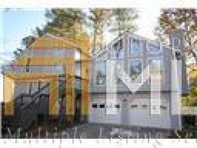 Lawrenceville Single Family Home New: 221 Saint Simons Dr