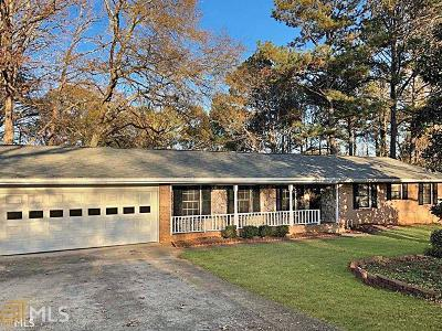 Lilburn Single Family Home For Sale: 2224 Hudson
