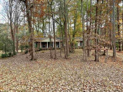 Single Family Home For Sale: 3631 Clubland Dr