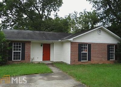 Columbus Single Family Home For Sale: 914 Benner Ave