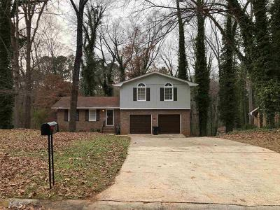Stone Mountain Single Family Home For Sale: 341 Shelton Woods Ct