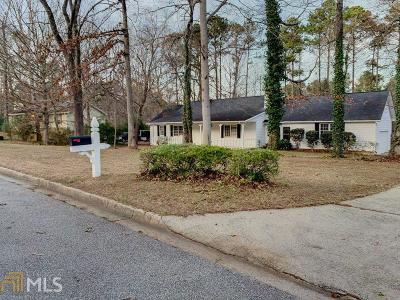 Fayetteville Single Family Home For Sale: 170 Sugarland