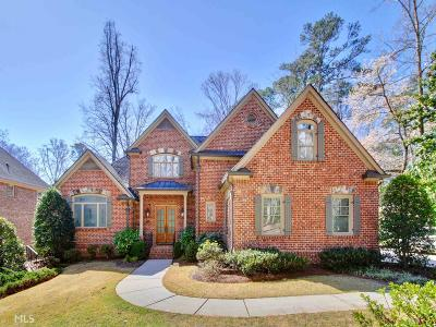 Roswell, Sandy Springs Single Family Home For Sale: 585 Franklin Rd