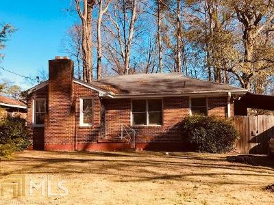 Decatur Single Family Home Under Contract: 524 Summit Dr
