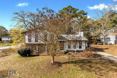Conyers Single Family Home Under Contract: 1721 Pacer Pl