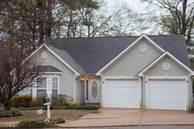 Fayetteville Single Family Home For Sale: 285 Carriage Chase #/19