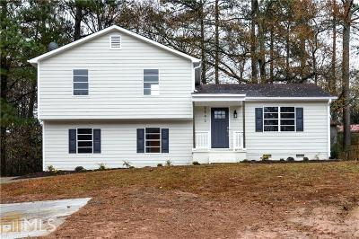 Kennesaw Single Family Home Under Contract: 3992 NW Pine Mountain Rd