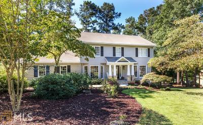 Roswell Single Family Home Under Contract: 2730 Roxburgh Dr