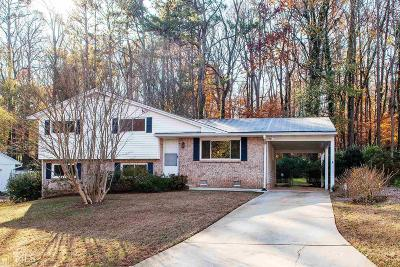 Clarkston Single Family Home Under Contract: 3289 Artesia Dr