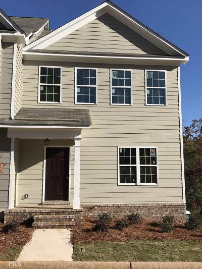 Gainesville Condo/Townhouse For Sale: 1471 Bluff Valley Cir