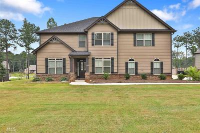 Senoia Single Family Home For Sale: 315 Savannah Dr
