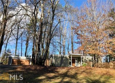 Roswell Single Family Home Under Contract: 1120 Martin Ridge Rd