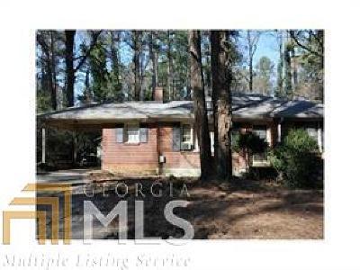 Sandy Springs Single Family Home For Sale: 390 Hammond Dr