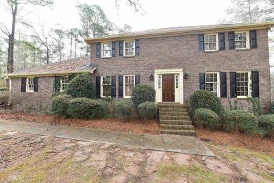Lawrenceville Single Family Home Under Contract: 186 Crystal River Dr