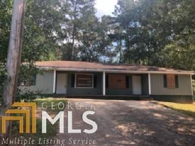 Covington Single Family Home Under Contract: 6105 Green Leaf Ct