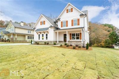 Loganville Single Family Home For Sale: 3326 Oak Grove Rd