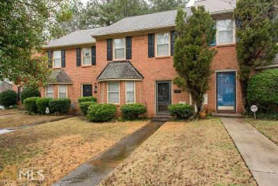 Smyrna Condo/Townhouse Under Contract: 1055 Westfield Trce